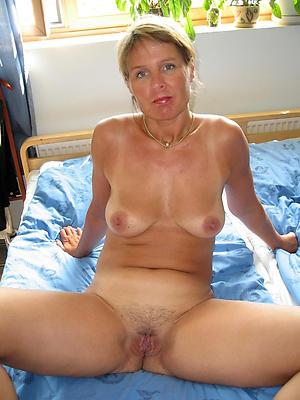 slutty mature girlfriend nude gallery