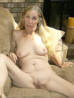 beautiful naked superannuated grandma porn pics