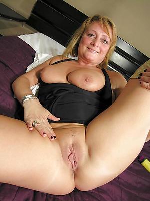 beautiful mature puristic vulva porn pictures