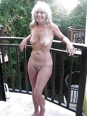 beauties blonde mature undressed homemade pics