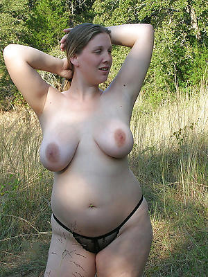 homemade easy mature chubby porn stripped
