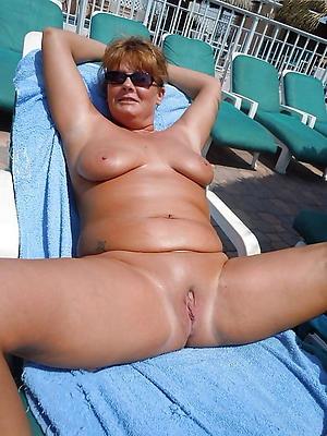 slutty chunky mature nude women pics