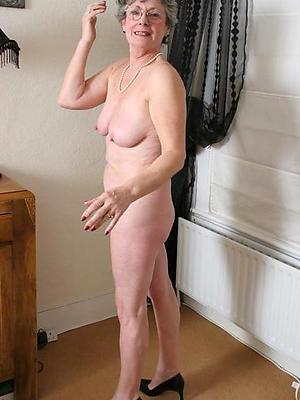 beautiful mature in heels homemade nude