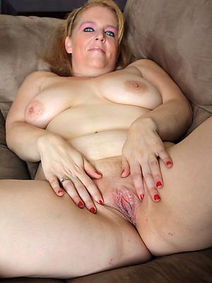 sexy matured pussy lip pics