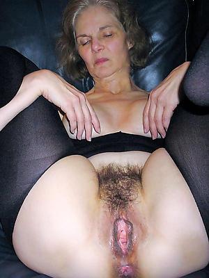 curvy mature panties pussy porn pics