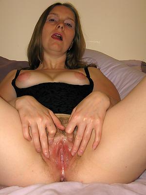 nasty mature panties pussy