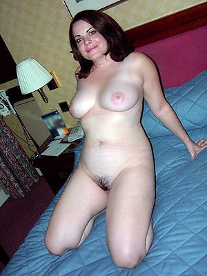crazy mature single nude pics