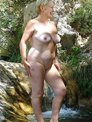 free pics of naked single matures