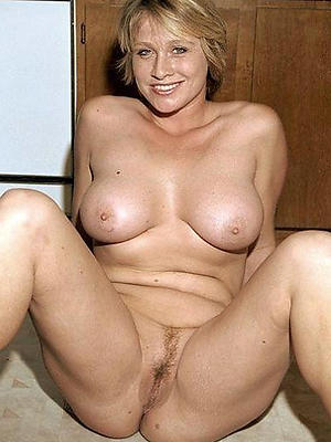 gorgeous nude grown up characterless women homemade porn
