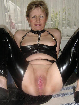 gorgeous mature shaved cunt homemade porn