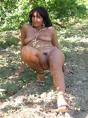 slutty outdoor mature porn