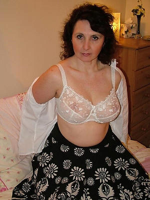 naught morose mature in skivvies pictures