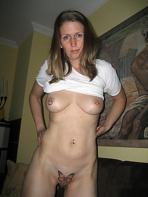 sexy mature tattooed women