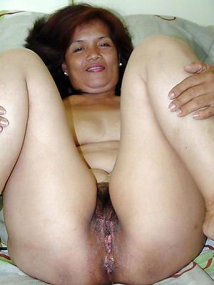 filipina mature pussy posing nude