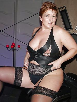 slutty mature women lingerie pictures
