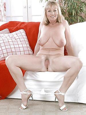 beauties mature nude model pics
