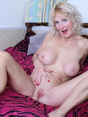 beauties older mature women injection