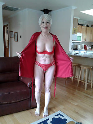 wonderful mature housewives pictures