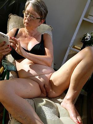 beautiful mature grannies homemade porn pics