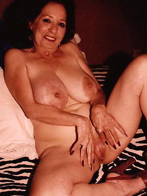 beauties output mature porn galleries