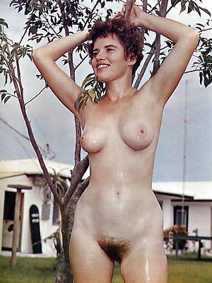 unconforming pics of fruit mature nudes