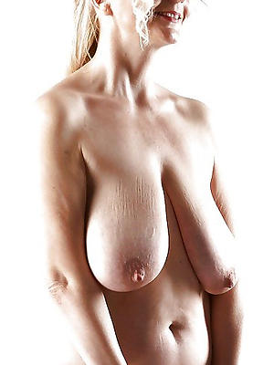 porn pics be worthwhile for saggy mature boobs