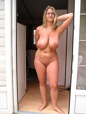 beauties mature body of men with saggy tits pic