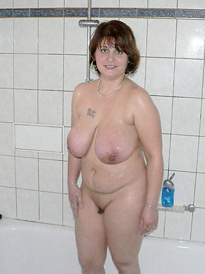 milfs in the shower nude