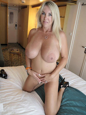 gorgeous unsullied women over 40 nude pics