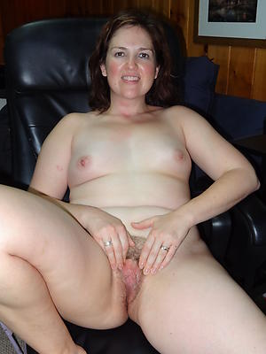 naked single women over 40 pics
