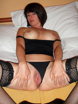 incomparable mature nude moms picture
