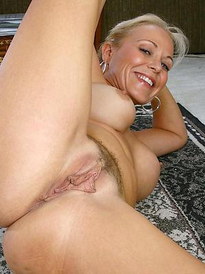hotties hot mature wifes nude pics