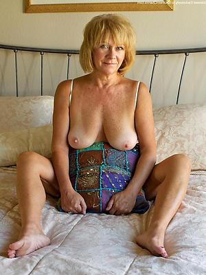 gorgeous matured amateur moms pictrues