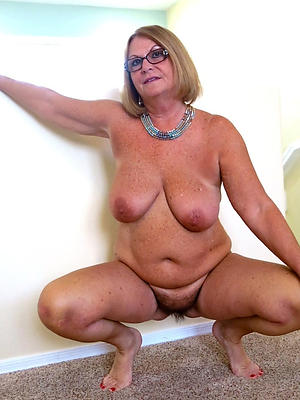 bared old lady pictures