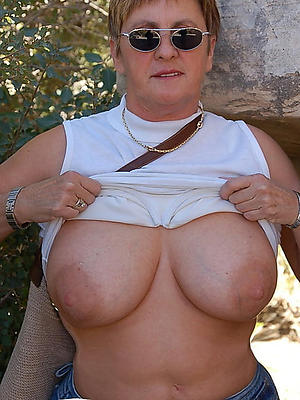 gorgeous nude nice mature tits