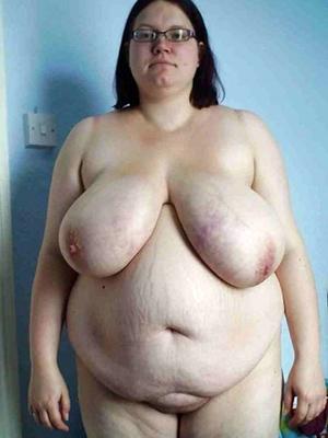 fat mature mom stripped