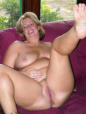 full-grown mom feet love porn