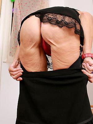 beautiful mature mom ass pictrues