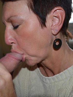 naught mature lady blowjob photo