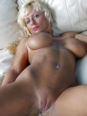 mature shaved cunt love porn