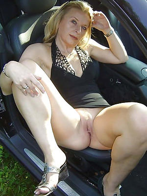 beautiful mature women upskirts porn pics