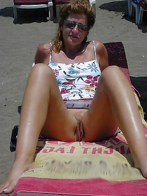 matured nude beach photos