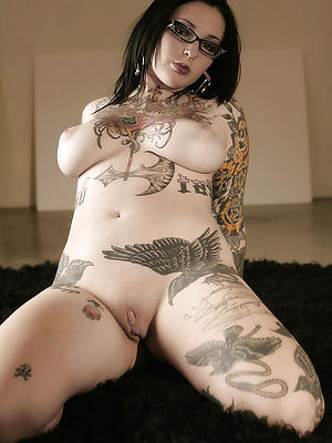 sexy mature women with tattoos
