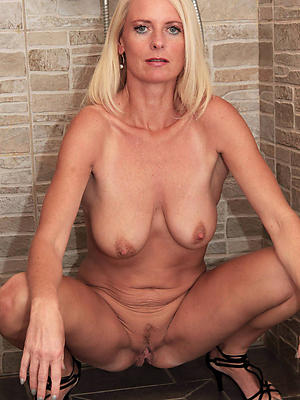 slutty mature saggy breast