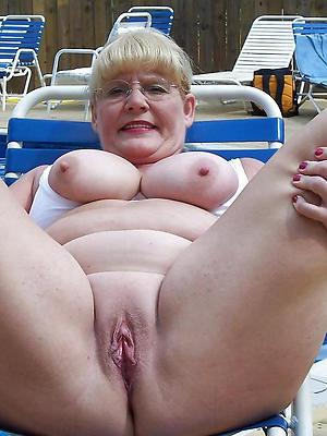 gorgeous mature vulvas porn pics