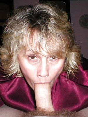 fantastic mature mom blowjob pics