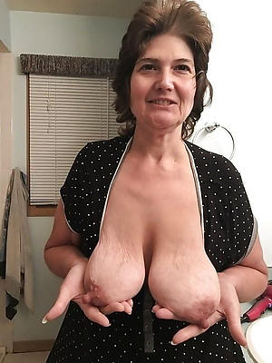 A- old women naked pics