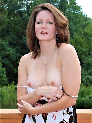 mature moms sex pics