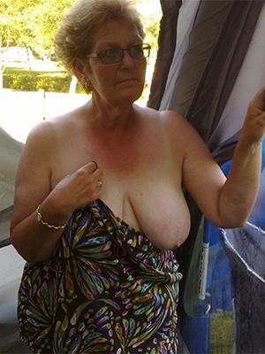 granny old mature nude pics