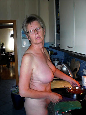 xxx granny and mature porn photos